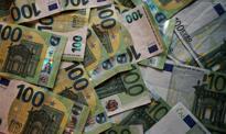 Złoty nadal pod presją. Kurs euro w górę w oczekiwaniu na Fed