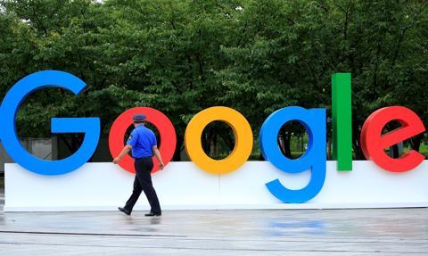Google zaniżał płace kobietom? 10,8 tys. pracownic złożyło pozew
