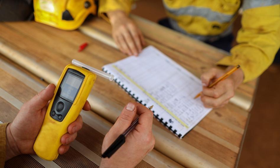 Pracodawca będzie mógł przeprowadzać wyrywkową kontrolę trzeźwości pracowników - projekt