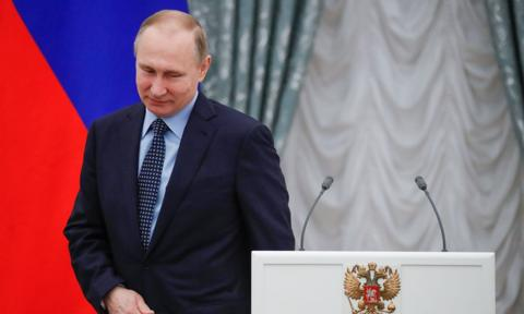 Putin oskarżany o nielegalne kandydowanie w wyborach prezydenckich