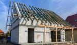 Budowa domu do 70 m kw. bez formalności - ustawa trafi do prezydenta