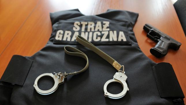 Straż Graniczna zabezpieczyła towar wart 30 mln zł, zatrzymano 15 cudzoziemców