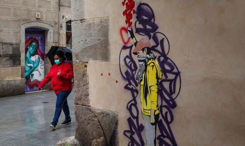 Regiony Hiszpanii wprowadzają kolejne restrykcje z powodu koronawirusa