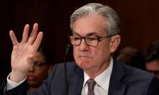 """Fed wzmocnił dolara. Podwyżki stóp """"już"""" w 2023 roku?"""
