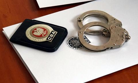 CBA zatrzymało dwie osoby podejrzane o wyłudzenia VAT w obrocie paliwami