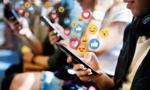 """""""Washington Post"""": Facebook przyczynił się do """"społecznej wojny domowej"""" w polskiej polityce"""