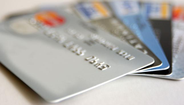 Nowy cennik mBanku wprowadza zmianę w sposobie naliczania opłat warunkowych za karty
