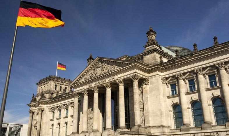 Niemcy: CSU: premier Grecji jest szantażystą