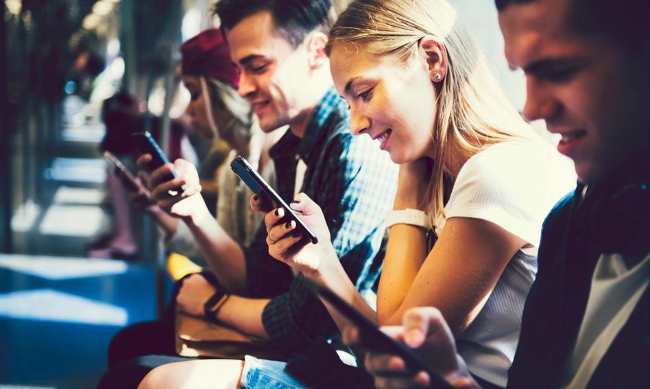 Ekspert: Pokolenie 20-latków jest niezbędne do przeprowadzenia rewolucji technologicznej