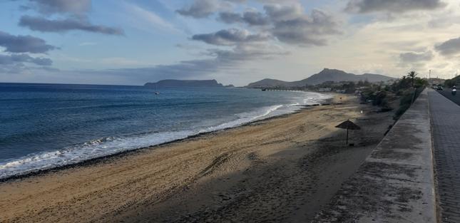 Pozbawiona szpitala wyspa Porto Santo należąca do archipelagu Madery