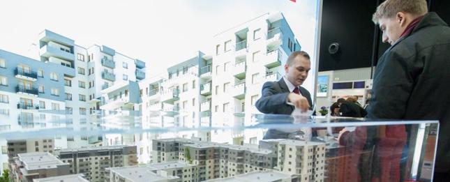 W marcowym rankingu kredytów hipotecznych sprawdziliśmy oferty dla kupujących mieszkanie za 405 tys. zł.