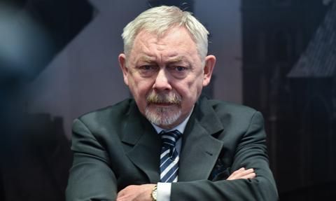 Prezydent Krakowa dostał mandat za palenie cygara w swoim gabinecie