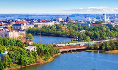 Finlandia luzuje obostrzenia na granicach. Podróż z Polski już bez kontroli