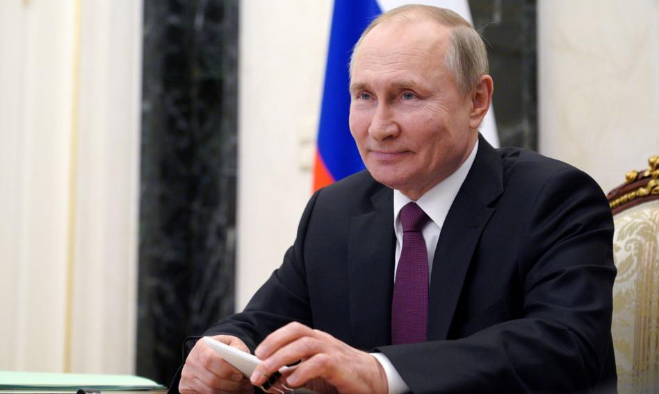 Putin: Mówienie o użyciu kryptowalut w kontraktach energetycznych jest przedwczesne