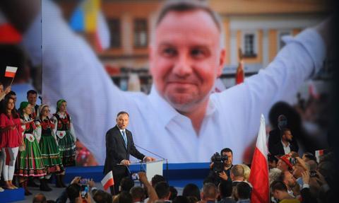 "Hossa na ""spółce Andrzeja Dudy"""