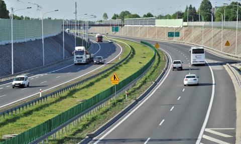 Ubezpieczyciele z bezpłatnym dostępem online do bazy danych Centralnej Ewidencji Pojazdów