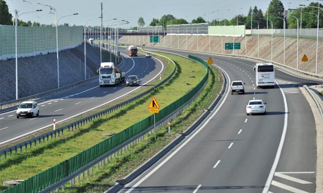 Od 1 października kierowcy nie będą musieli wozić ze sobą dowodu rejestracyjnego i OC