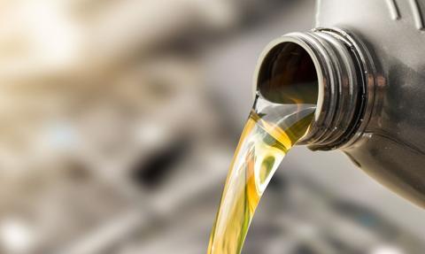 KAS wykryła międzynarodowe oszustwo paliwowe polegające na wyłudzaniu VAT
