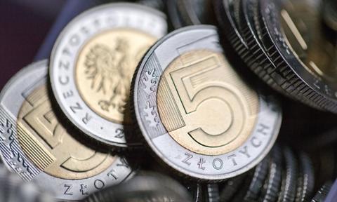 Badania: po wprowadzeniu podatku bankowego polski rynek finansowy został osłabiony
