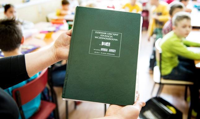 Dzień Edukacji Narodowej obchodzony jest w Polsce 14 października
