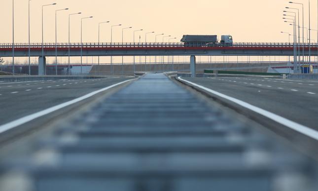 Rząd rozważy możliwość powstania czwartego pasa na A2 z Warszawy do Łodzi