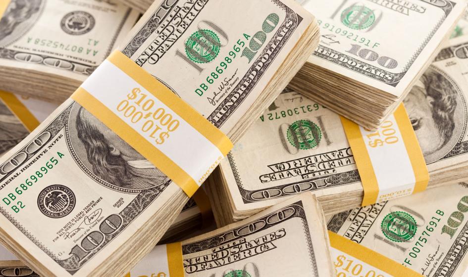 Dolar wciąż trzyma się mocno