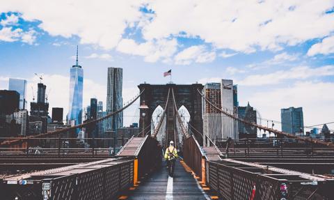 Nowy Jork zaoferuje turystom darmowe szczepionki na COVID-19