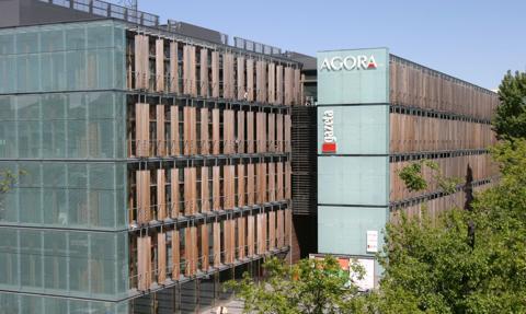Agora miała w II kw. 41,1 mln zł straty netto, zgodnie z szacunkami