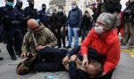Strajk przedsiębiorców na placu Zamkowym. Policja użyła gazu