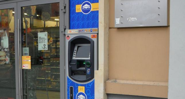 Blokada środków na rachunkach klientów po awarii bankomatów Euronetu