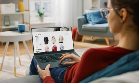 Ponad połowa Polaków preferuje zakupy online