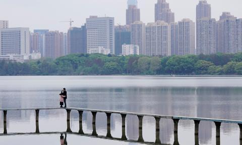 Władze Chin zezwolą w tym roku na niewielki wzrost zanieczyszczenia powietrza