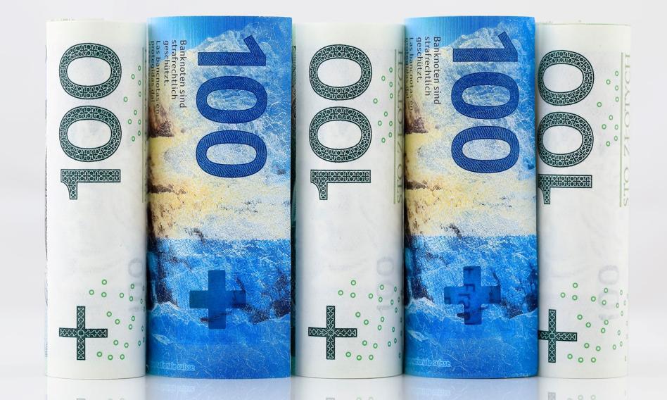 SBB: frankowicze powinni rozważyć zaprzestanie dalszego płacenia rat bankom