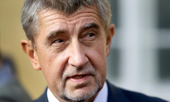 Lider zwycięskiego ANO Andrej Babisz.