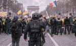 Francuska policja starła się z demonstrującymi w Paryżu strażakami