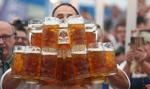 Ruszył Oktoberfest. Dziesiątki tysięcy miłośników już degustują piwo