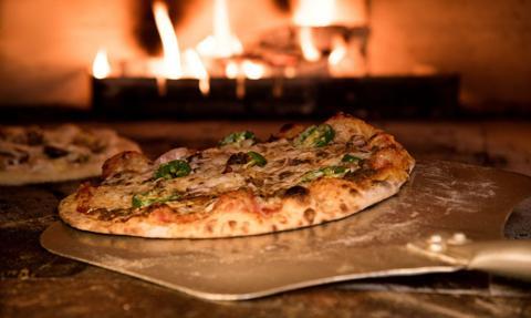 Światowy Dzień Pizzy - w roku pandemii obchody głównie w domu