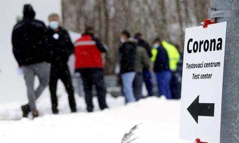 Kolejki na granicy między Czechami a Niemcami przez wymóg posiadania testów