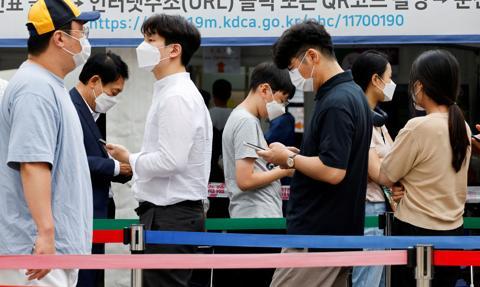 Korea Płd. przygotowuje się na podwariant koronawirusa delta plus