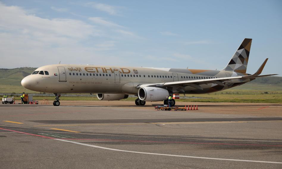 Linie Etihad dostały największy w historii linii lotniczych kredyt odpowiedzialny społecznie