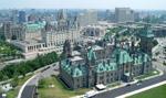 Szef NATO chwali Kanadę za zwiększanie wydatków na obronność