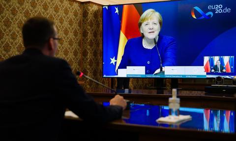 Premier: Potwierdziłem kanclerz Niemiec gotowość do zawetowania budżetu UE