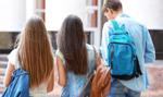 Rodzice i nauczyciele mają być karani za zdjęcie maseczki przez dziecko
