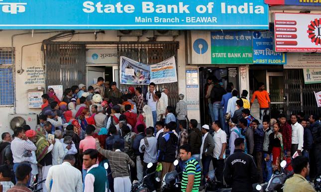 Władze Indii walczą z gotówką. Czy zakażą importu złota?
