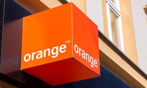 Orange podnosi opłaty za rozmowy i SMS-y do Wielkiej Brytanii