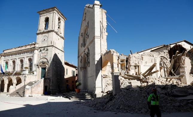 Włochy: ostatnie trzęsienia ziemi nie spowodują wzrostu podatków