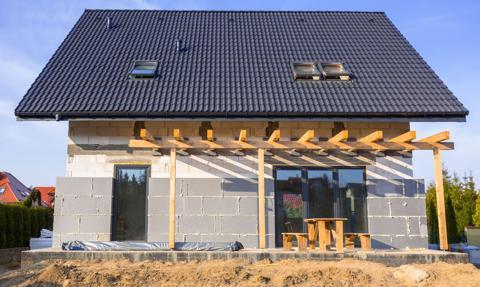 Ceny materiałów budowlanych szybują. Drewno, stal, styropian bezlitośnie w górę