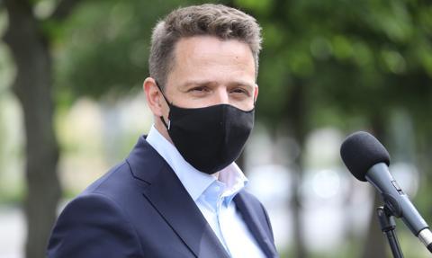 Trzaskowski o swym ruchu: rozpoczniemy działania, kiedy zelżeje pandemia