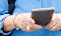 W urzędach w końcu zapłacimy smartfonami