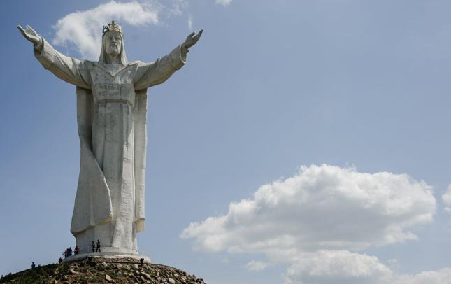 Figura Chrystusa Króla w Świebodzinie ma 36 m. Pomnik w Jaśle ma być prawie o 1/3 niższy